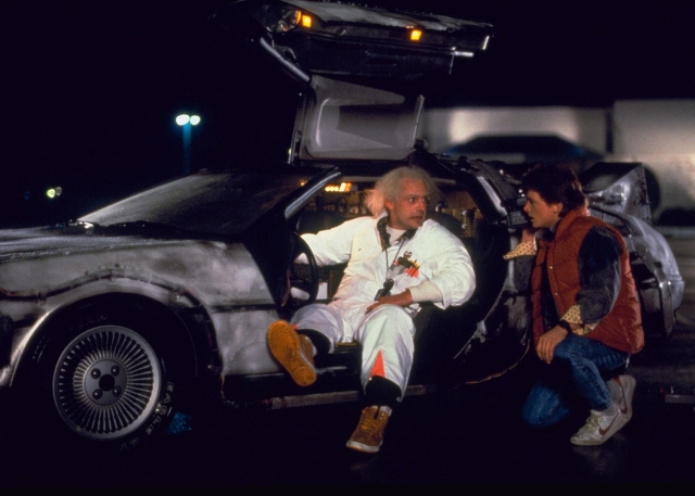 back-to-the-future-delorean-transport